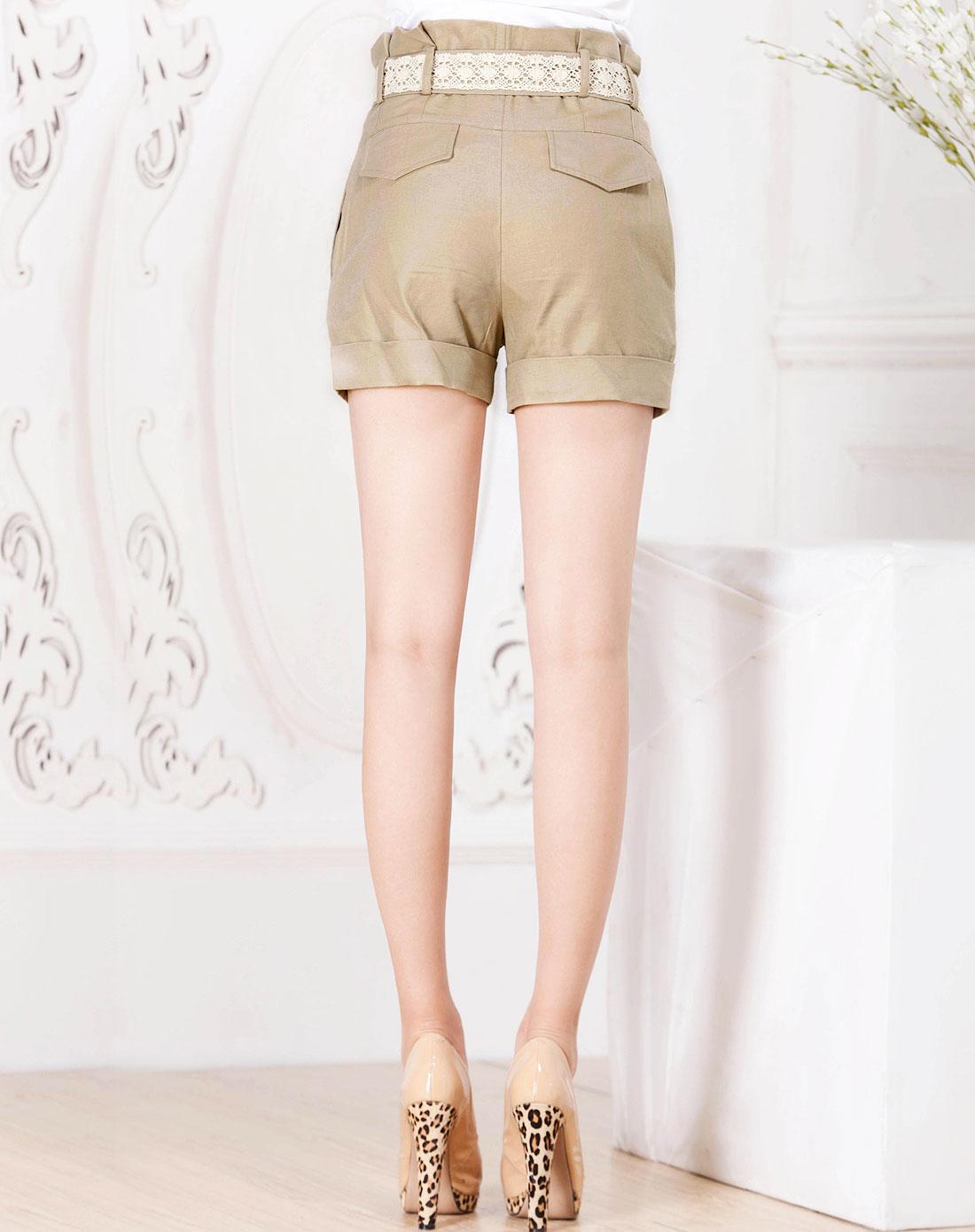 衣香丽影米色时尚短裤121600931
