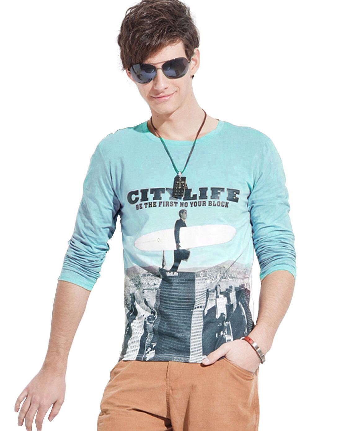 简时尚品justyle_简时尚品justyle男装专场-浅绿色圆领城市印图长袖t恤