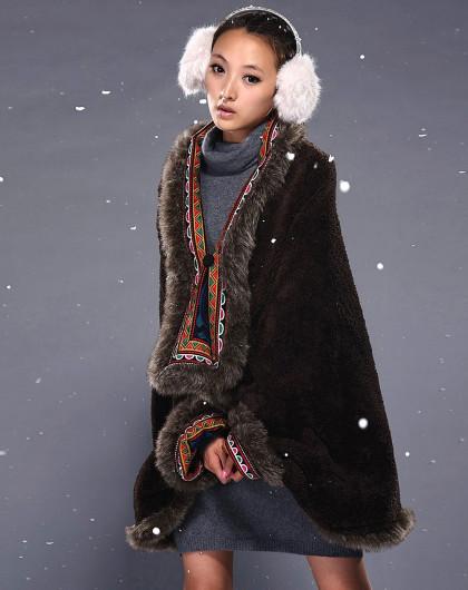 黑色冬款民族风斗篷披肩加厚绣花棉衣外套