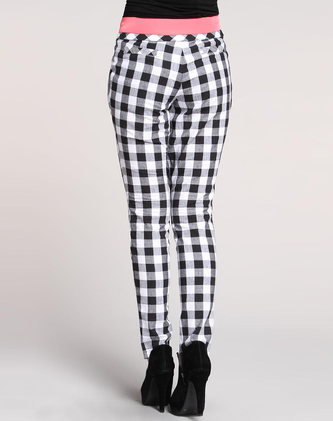 黑白色时尚格子休闲长裤