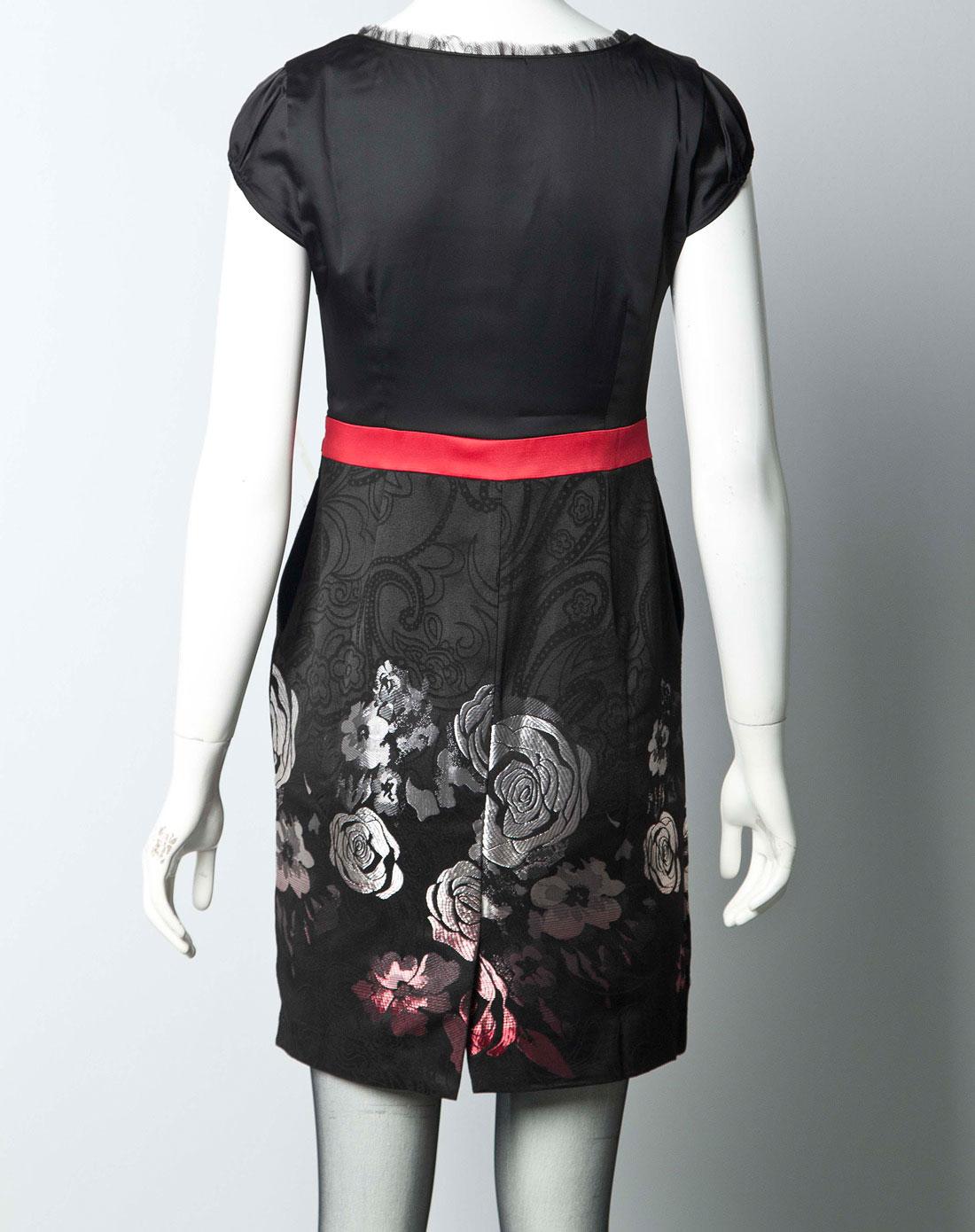 裙黑�_女黑连衣裙