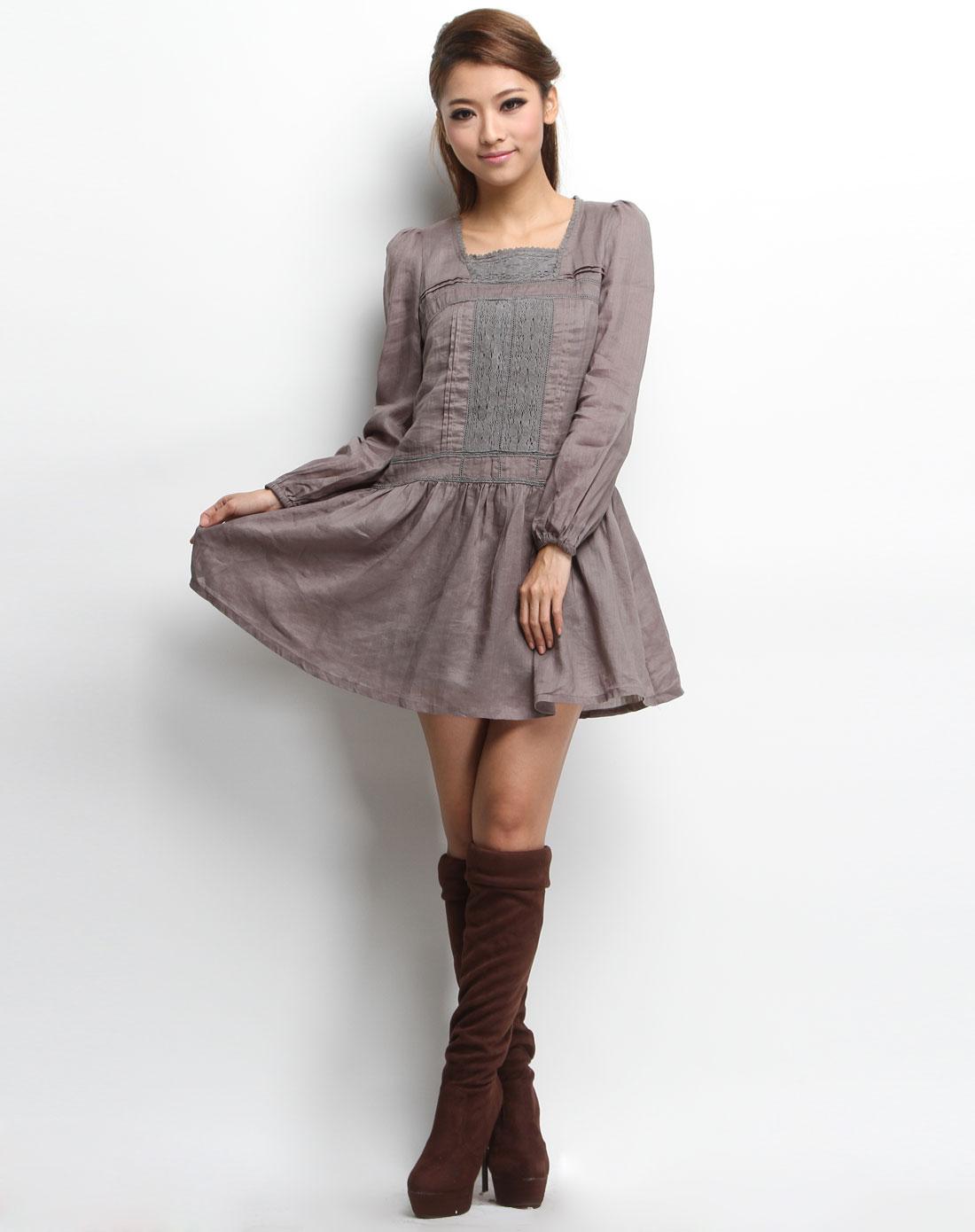 宽松休闲长袖连衣裙