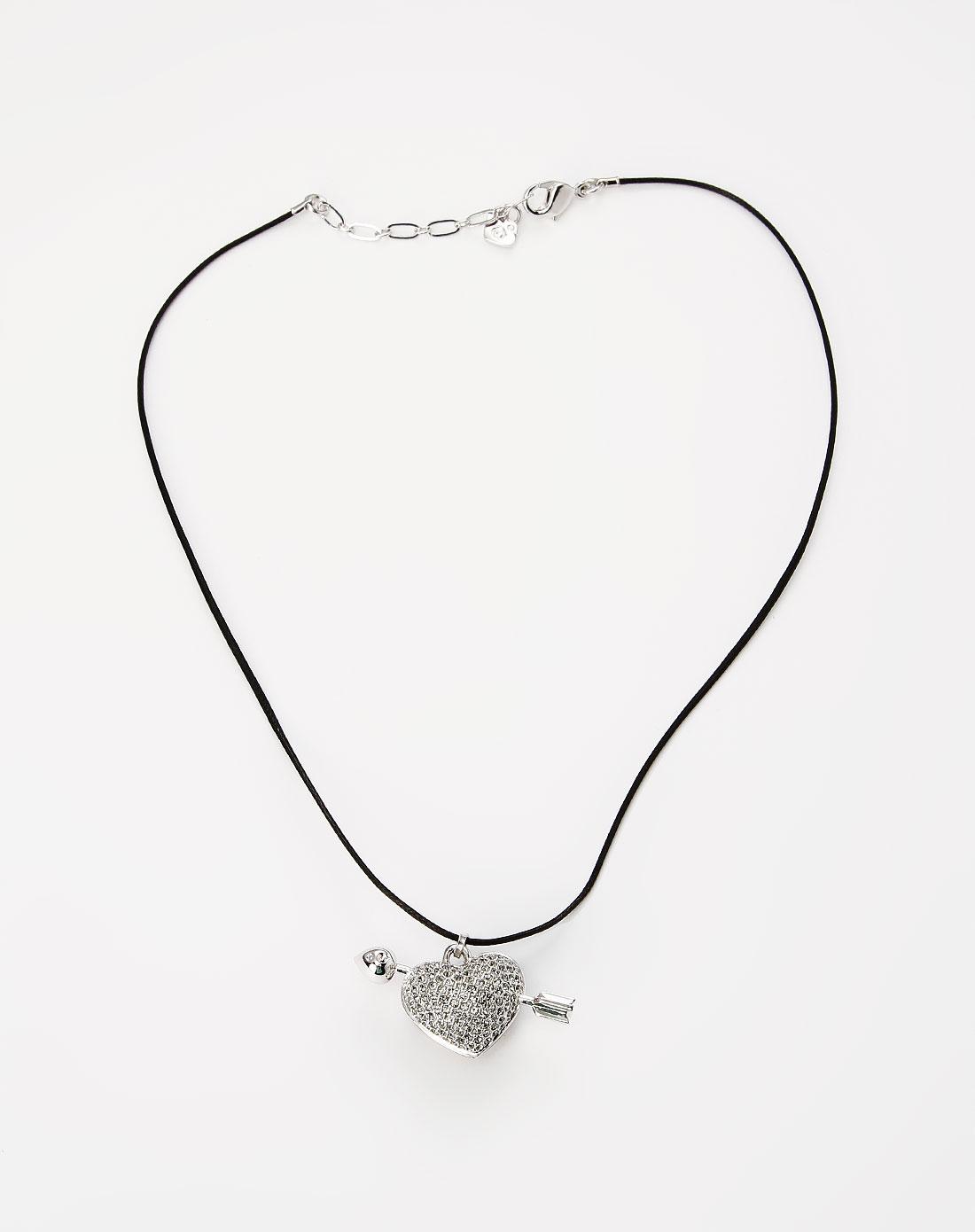 银色心形吊坠项链