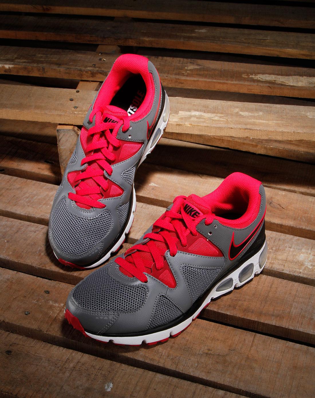 耐克nike男款灰/玫红色绑带时尚跑步鞋429880-006