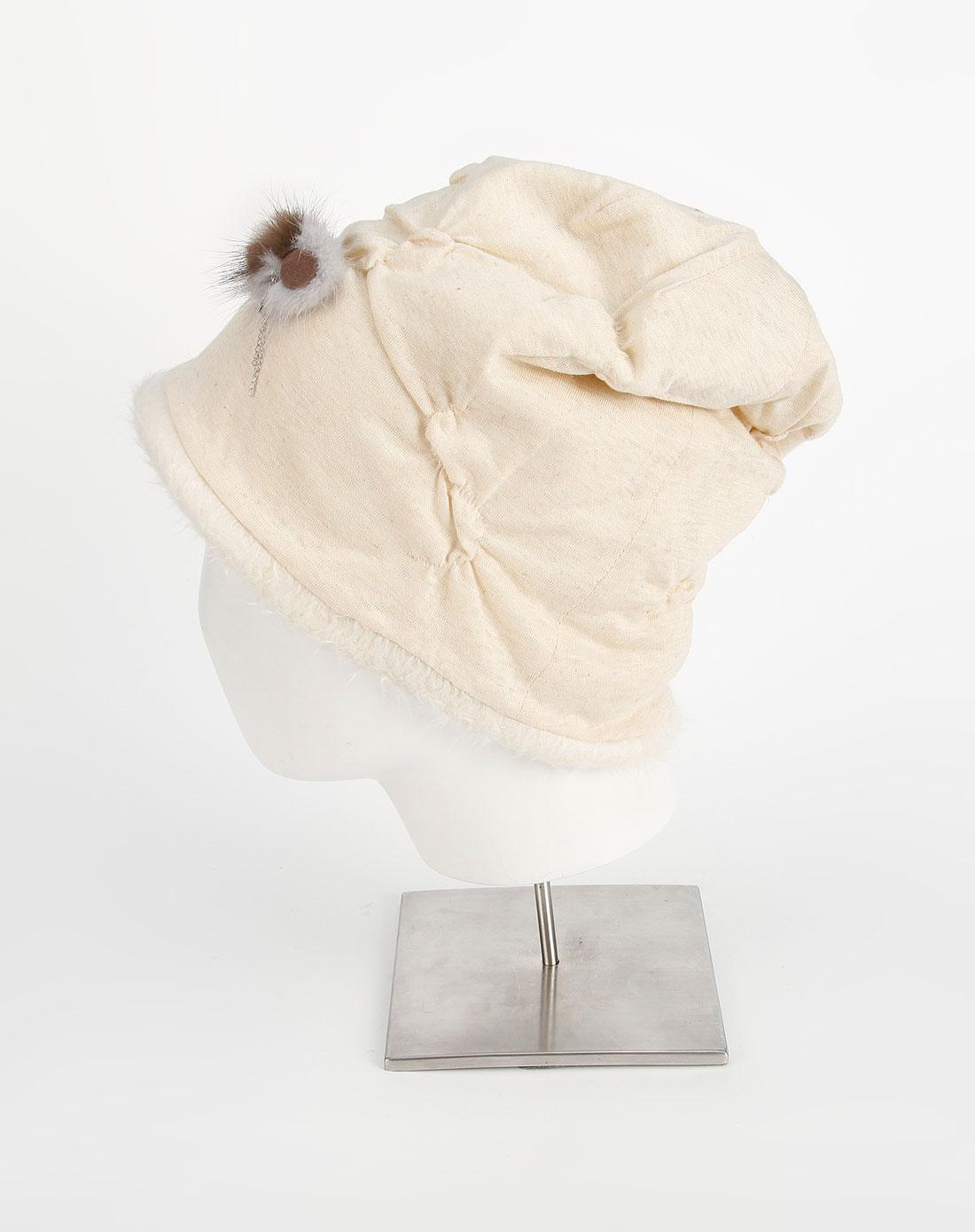elle米白色时尚帽子