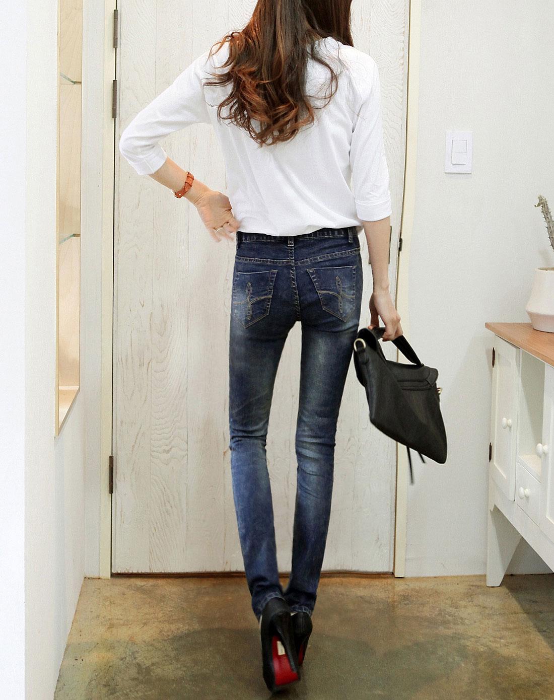 韩都衣舍女式牛仔裤展示视频