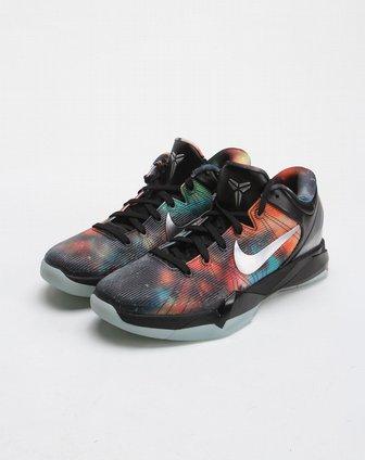 耐克nike-黑色星空个性篮球鞋520810-001