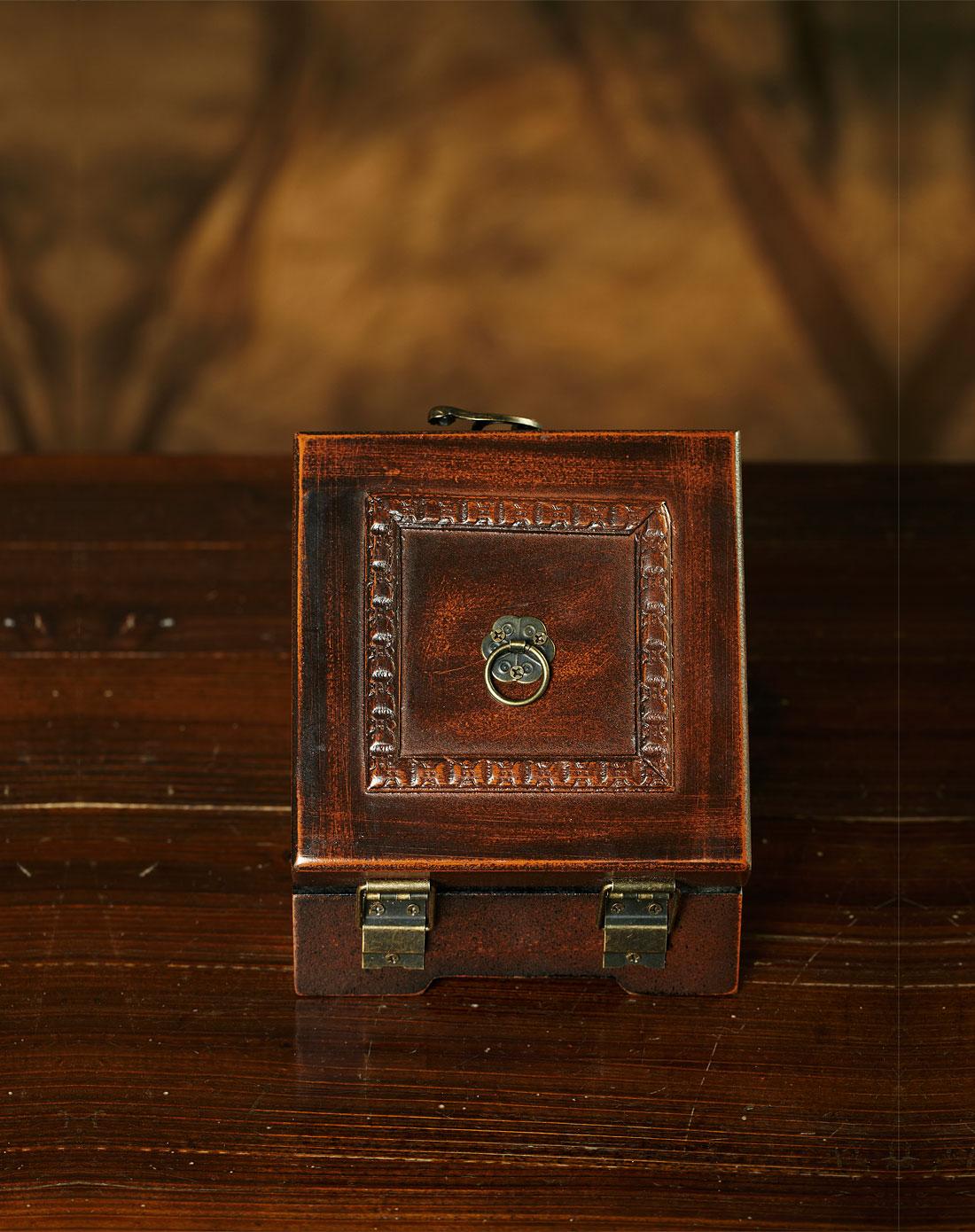 欧式复古带盒子小钟表