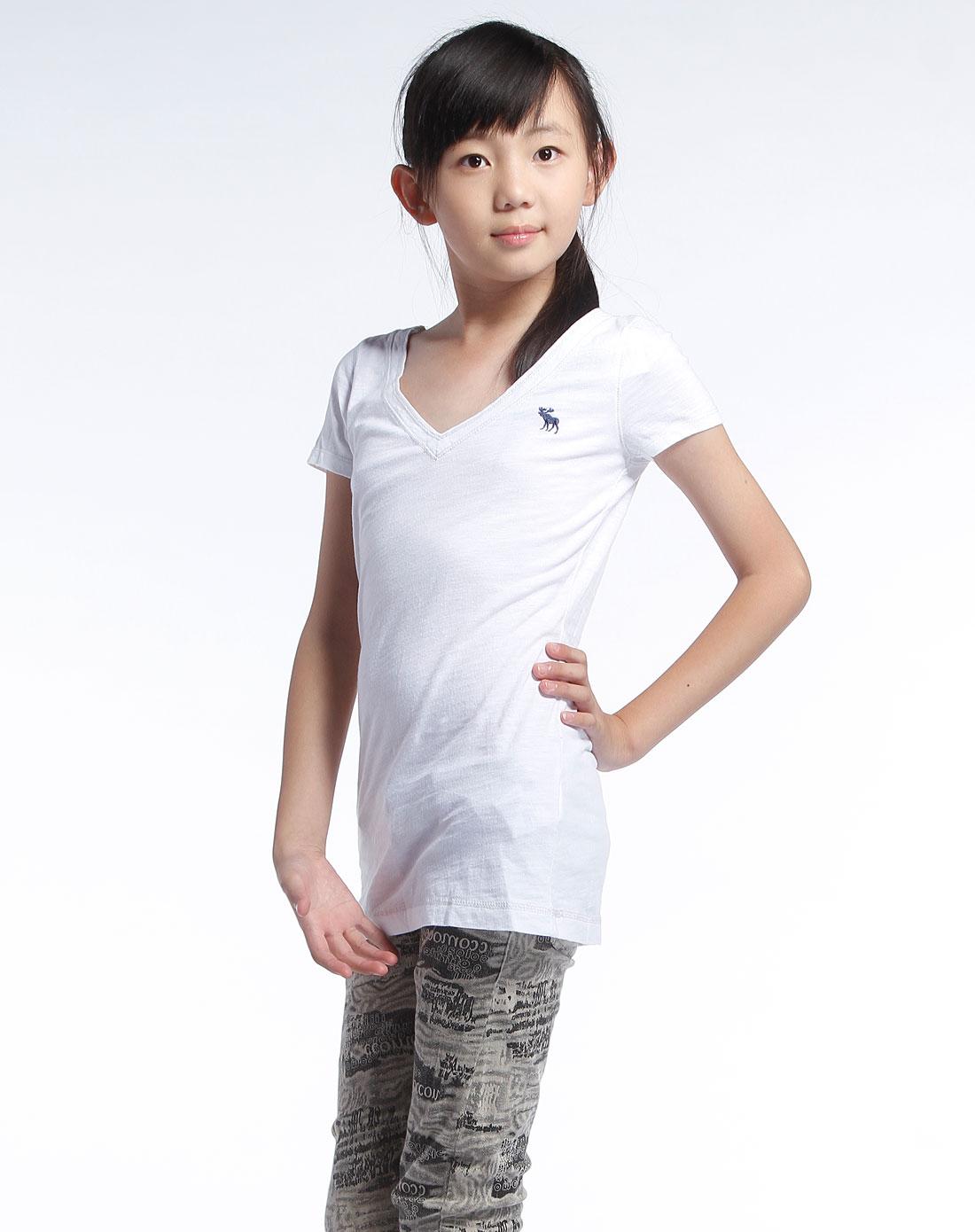 白色v领休闲短袖t恤