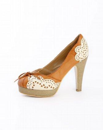 女鞋库存专场-阿卡莎 棕色复古镂空花纹高跟鞋