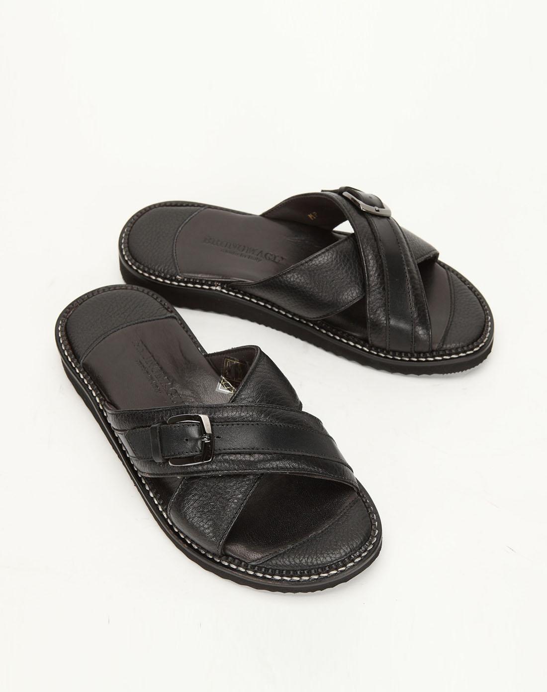 男款黑色牛皮橡胶底凉鞋