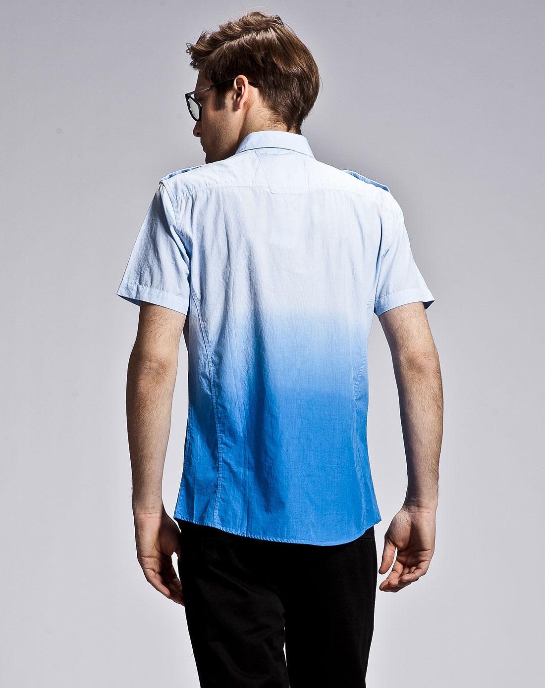 冰蓝色条纹渐变衬衫
