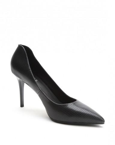 2015黑色牙签纹牛皮超舒适脚感单鞋
