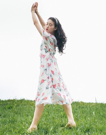 北冥有渔原创 森系文艺复古郁金香印花连衣裙夏双层领中长款裙子白底