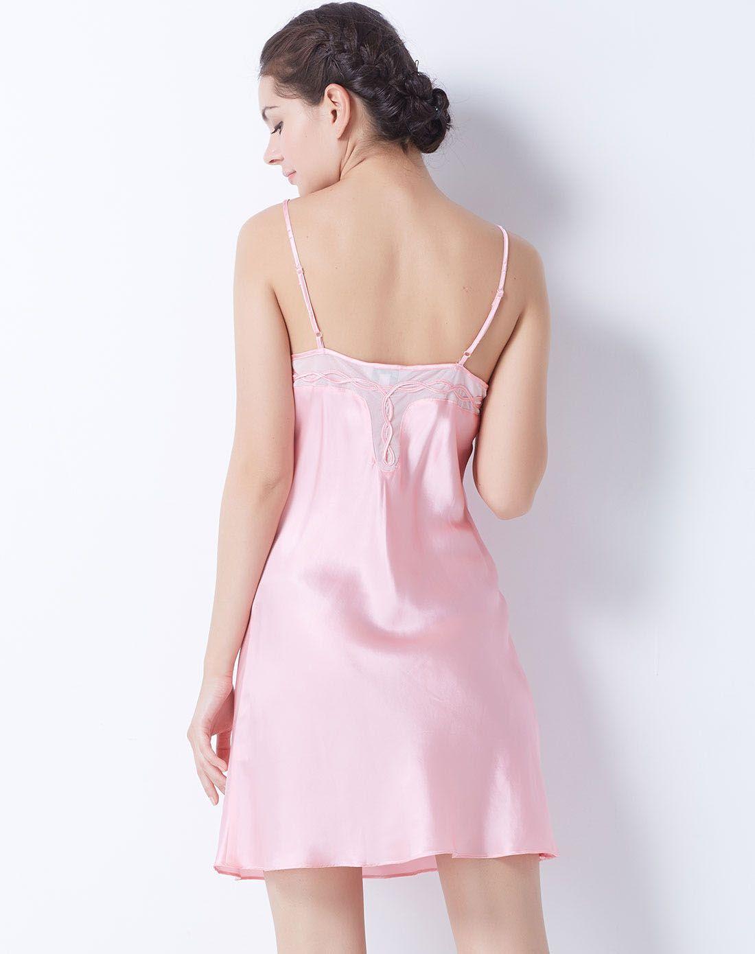 蕾丝吊带裙