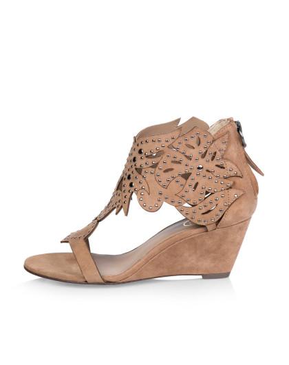 ash 铆钉花纹坡跟凉鞋