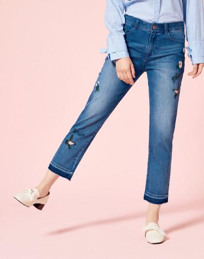【刺绣元素】森马2019春季新款潮流直筒九分裤女士牛仔裤女图片