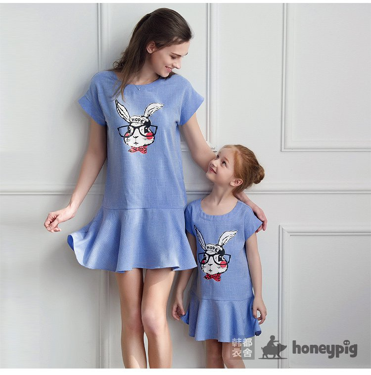 女童蓝色亲子装连衣裙