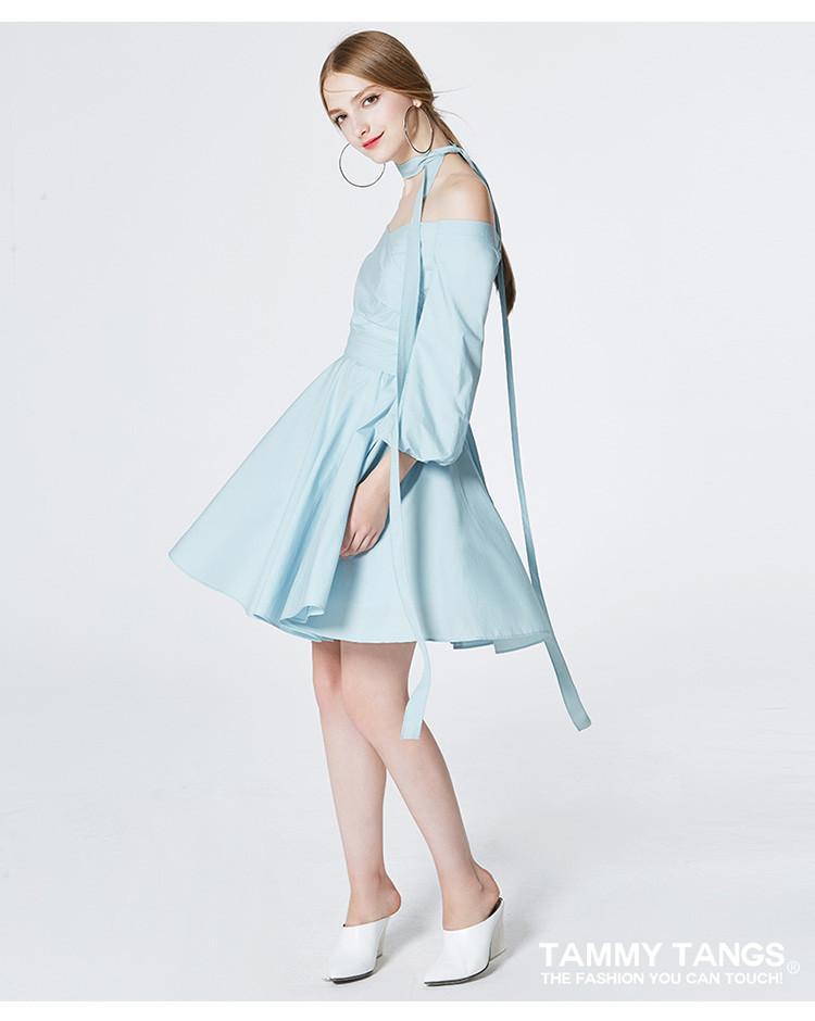一字领露肩收腰连衣裙时尚长袖百褶裙海蓝
