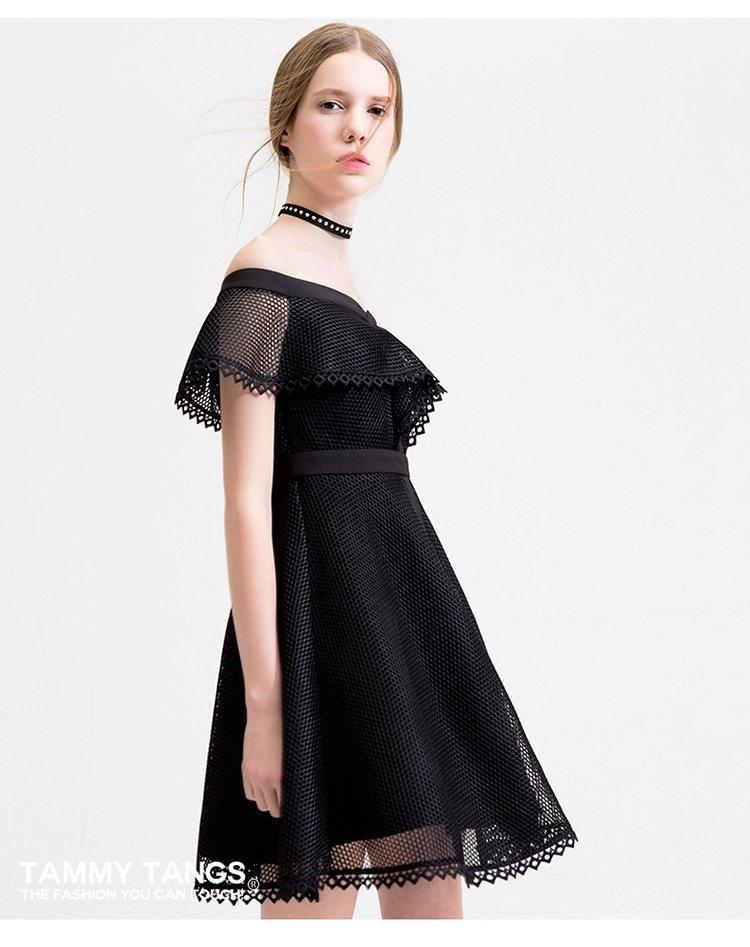 糖力tammy tangs原创设计一字领露肩短袖连衣裙显瘦