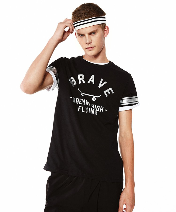 简约纯色字母印花短袖t恤黑色