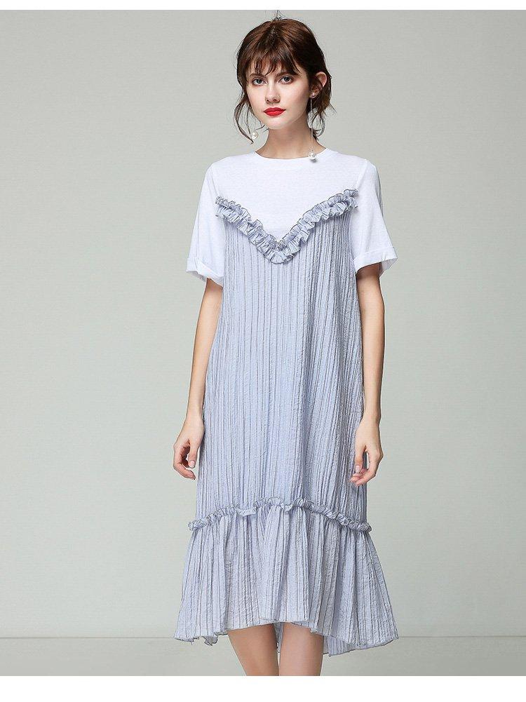 甜美花边拼接褶皱连衣裙白色