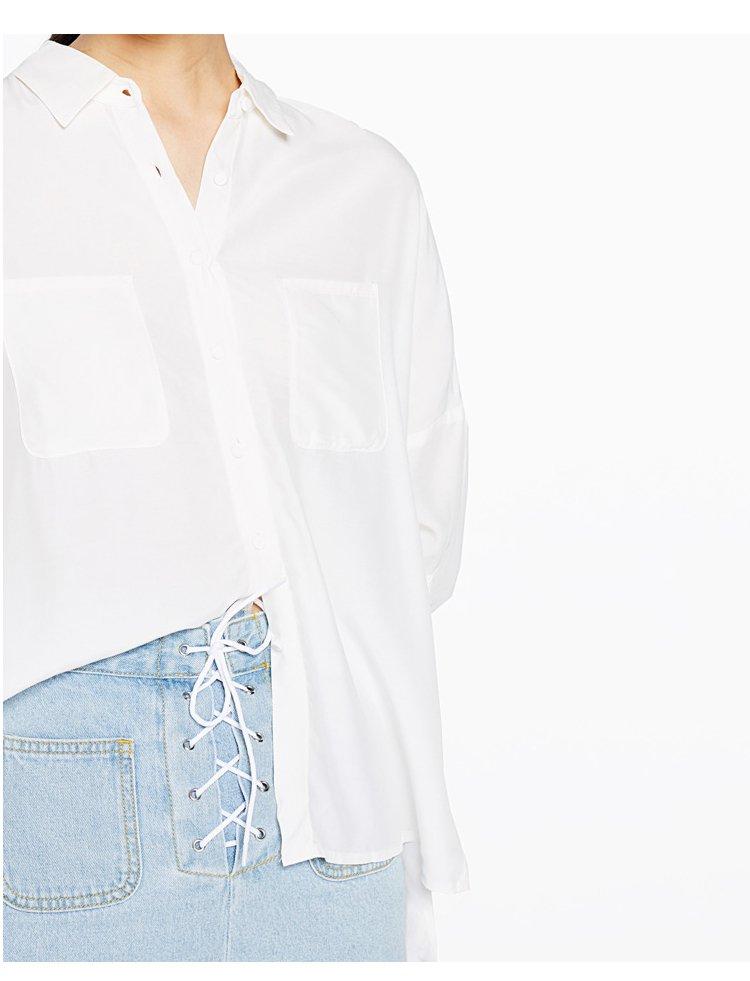 休闲衬衫衬衣女漂白(净色) 产地: 中国 材质: 面料:100%粘纤 洗涤说明