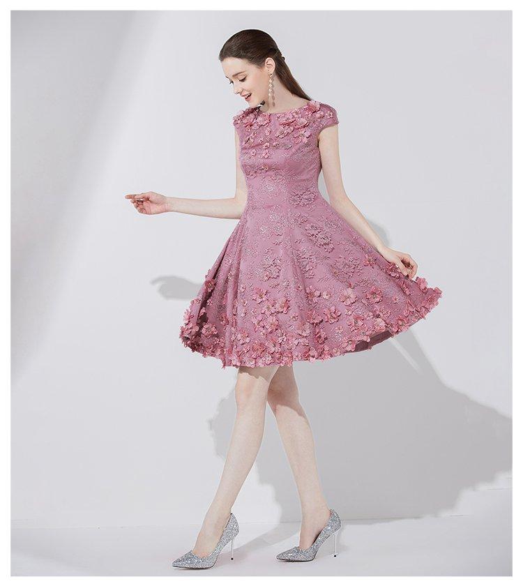 时尚立体花装饰甜美小礼服