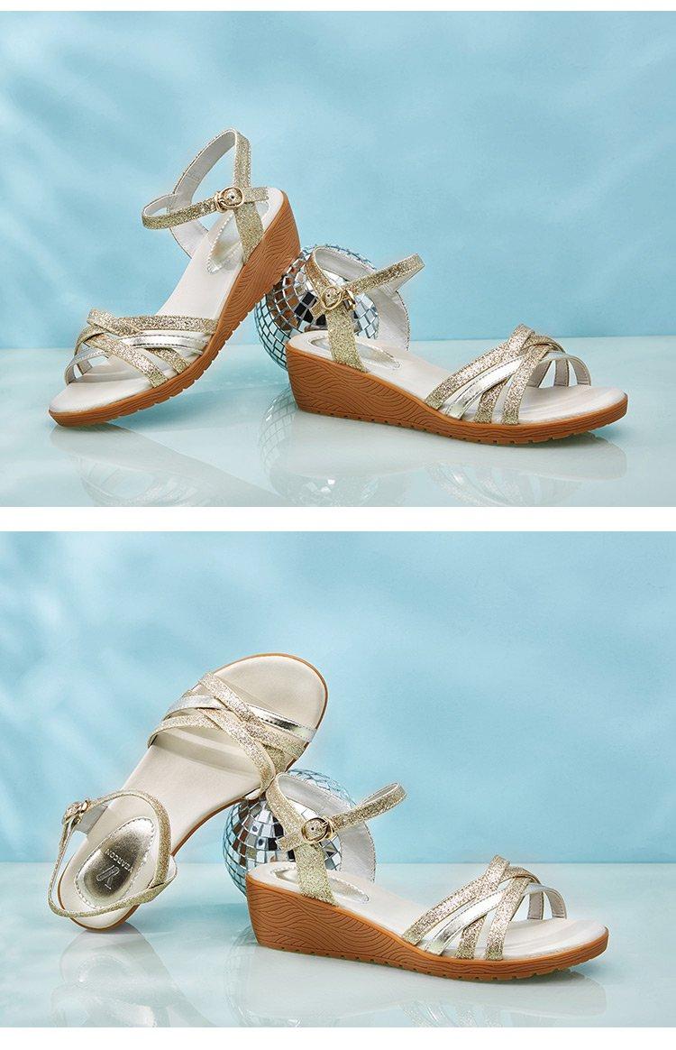 女鞋时尚坡跟凉拖鞋