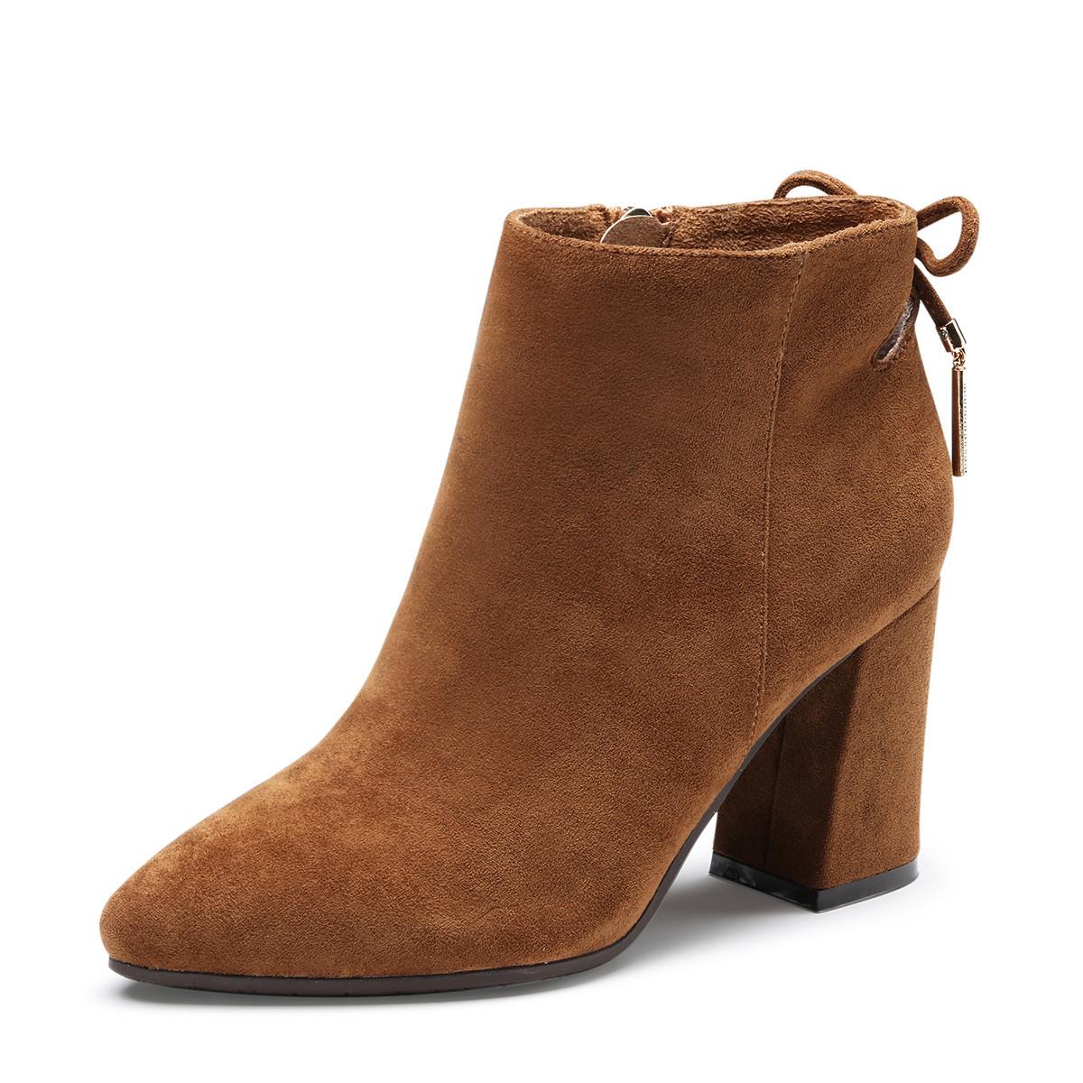 卓诗尼百搭显瘦2019冬季新款女时装靴尖头粗跟短筒增高英伦风及踝靴12681015526