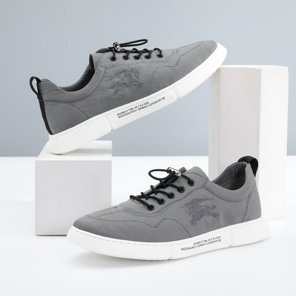 QGSG2019新款韩版刺绣透气男板鞋潮流男士休闲鞋百搭男款帆布鞋男鞋Q9C06011-B4
