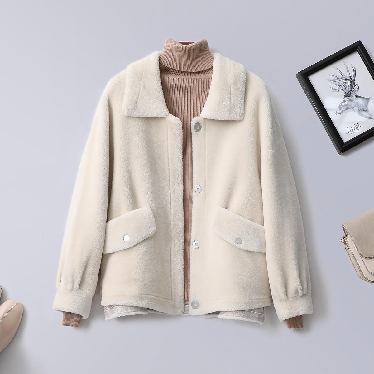 紫澜门冬翻领暗扣净色时尚保暖舒适女式短款外套3201313H46102