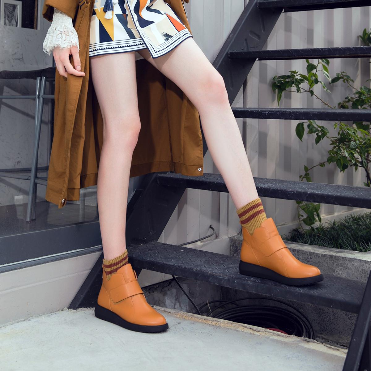 骆驼牌骆驼牌女鞋冬靴子女靴短靴女雪地靴女靴马丁靴女鞋W80A53510TH