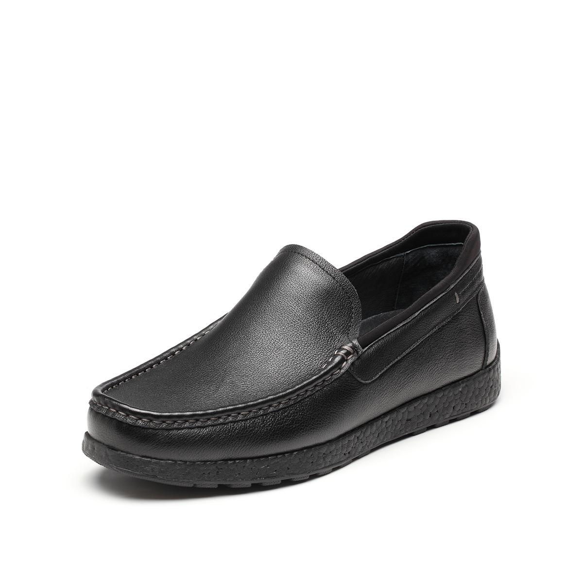BataBata拔佳2019新款专柜同款牛皮革简约套脚平底男单鞋WYW85201DU1AM9