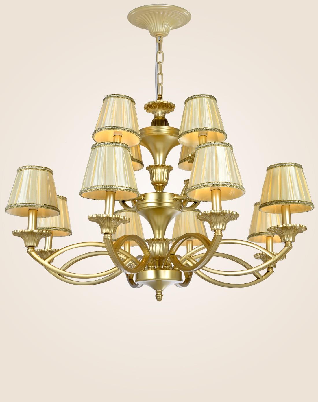8 4头欧式吊灯 简约客厅 仿铜铁艺