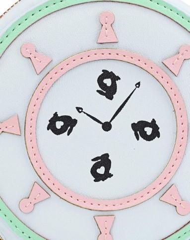 制作卡通兔子钟表图片