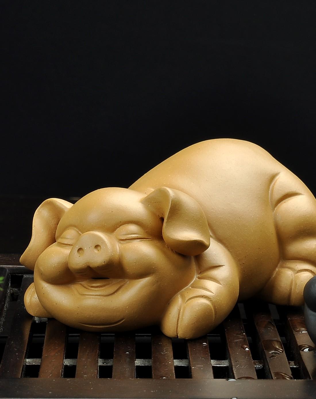黄色淫玉_欢喜猪(黄色)茶宠