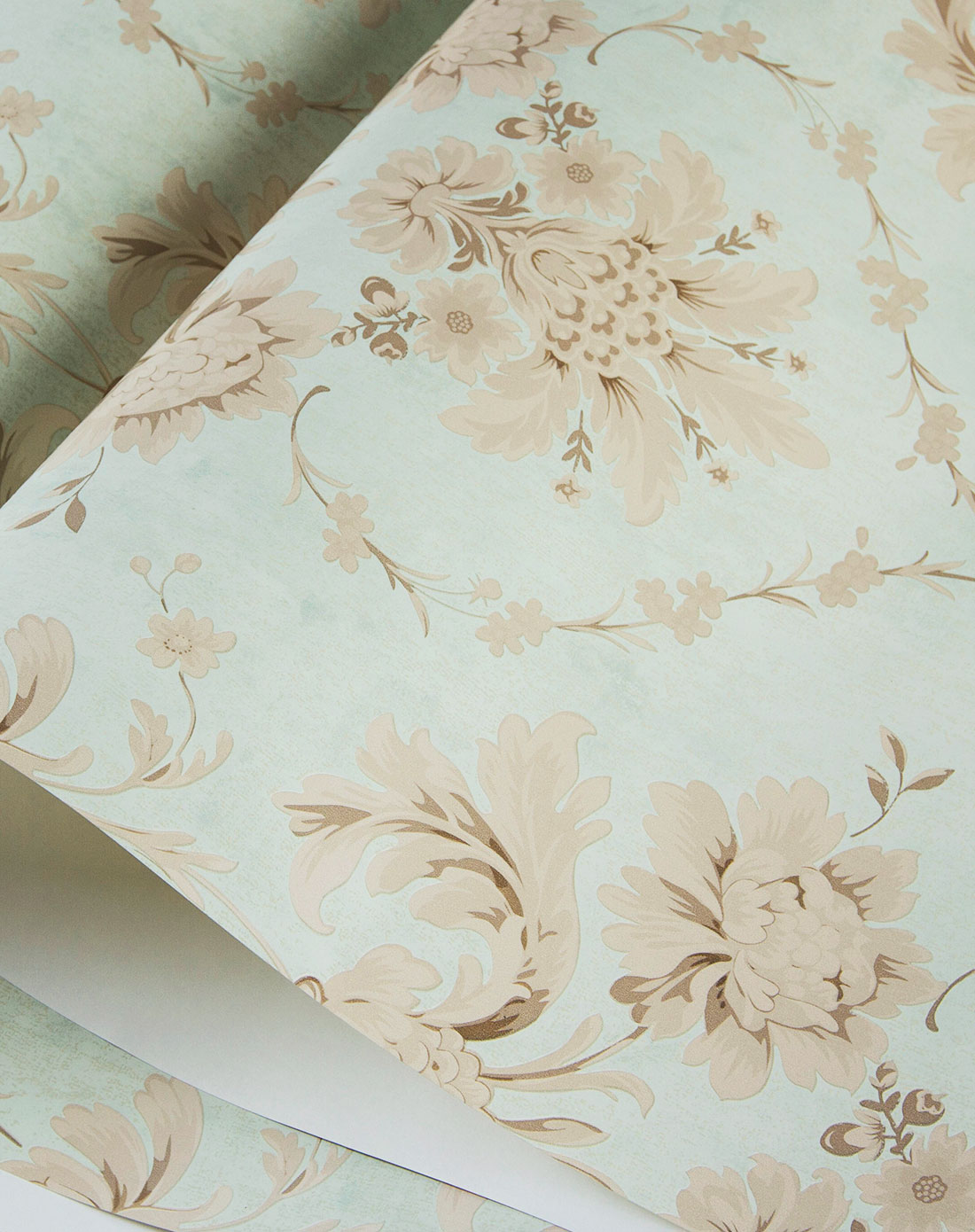 粉蓝色欧式复古纯纸鎏金发泡工艺墙纸