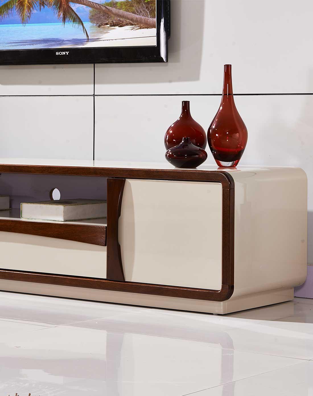 奶白钢琴烤漆配胡桃木边框电视柜1495