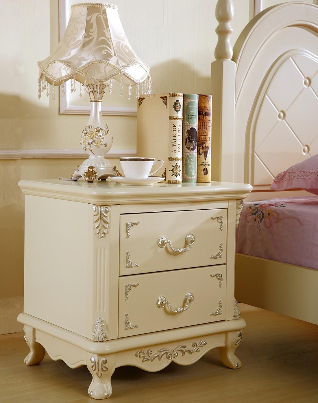欧式风格白色实木床头柜