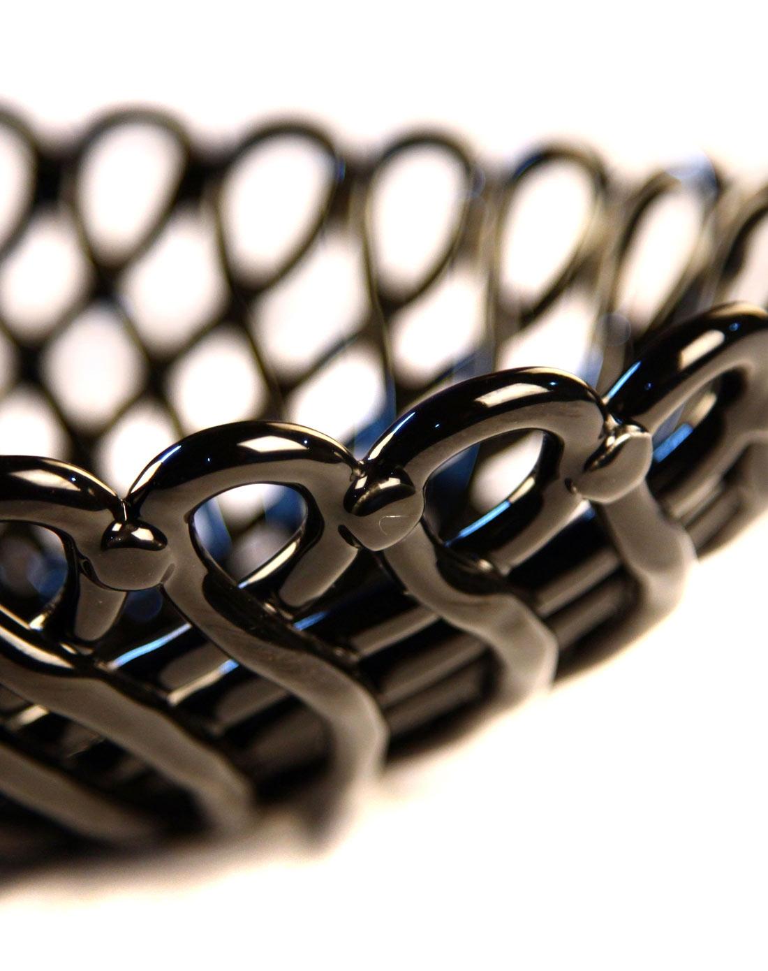 黑色网纹编织圆形水果盘