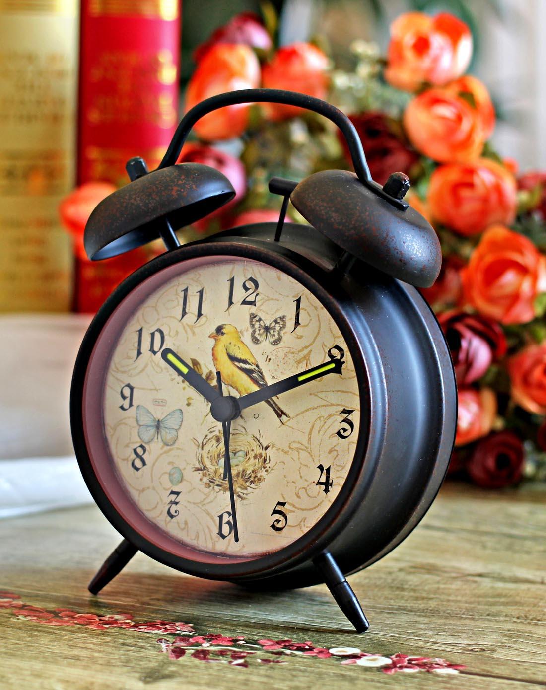 欧式复古闹钟图片