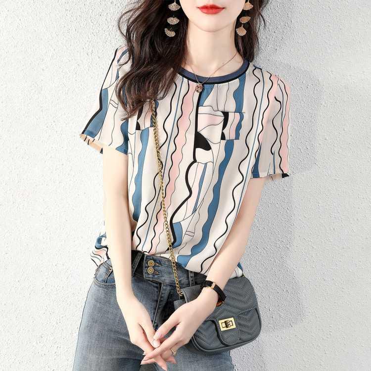夏季新品气质时尚彩色条纹波浪上衣百搭减龄撞色罗纹领短袖T恤女
