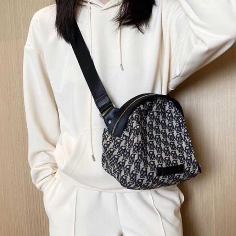 【爆款热卖】时尚印花小包单肩包休闲轻巧包包女斜挎包女包腰包